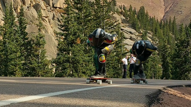 Riders approaching @ Pikes Peak 2015