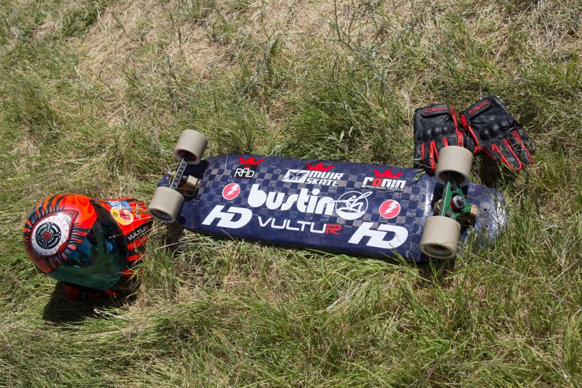 Max Ballesteros Deck: Bustin Max B Proto Trucks: Ronin Pro Light 154mm (45 degree front, 30 degree Back) Wheels: R.A.D. Max Ballesteros 74mm77a Bushings: Factory Bushing (92a/92a front and 92a/95a back) Bearings: Hondar Ceramic Built-In Grip Tape: Hondar Super Grip