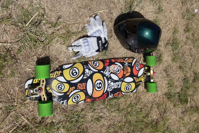 Scott Smith Deck: Sector 9 Ginger Trucks: Aera 50/30 170mm hangers Wheels: Abec 11 75mm HD Centrax Bushings: Red Venom Bushing Barrel Bearings: Zelous Bearings Grip Tape: Gangster Grip
