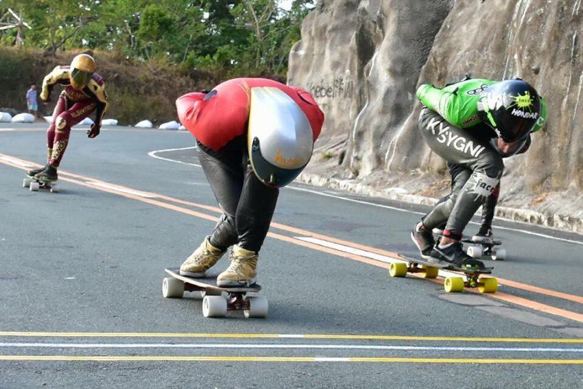 emily_pross_first_women_win_open_skateboard_idfracing